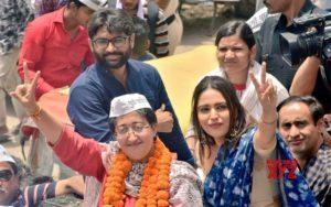 Swara Bhaskar in Delhi campaigning for AAP candidate Atishi Marlena