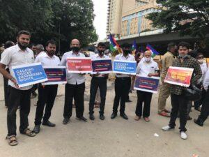 Bangalore lawyers protest prashant bhushan
